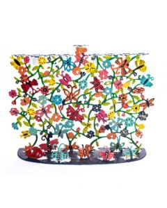 חנוכיה חיתוך לייזר פרפרים ופרחים